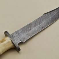 Custom-Twist-Damascus-Steel-Clip-Point-Big-Bowie-Hunting-Knife-With-Damascus-Guard-Camel-Bone-Handle