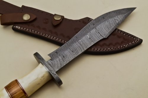 Custom-Twist-Damascus-Steel-Clip-Point-Bowie-Hunting-Knife-With-Brass-Guard-Camel-Bone-Handle
