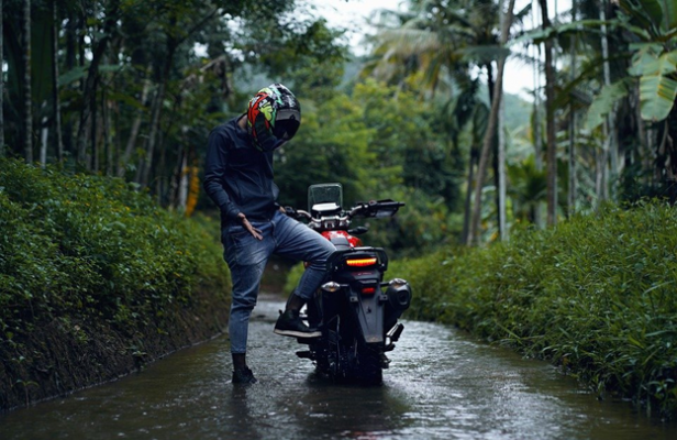 motorcycle-riding